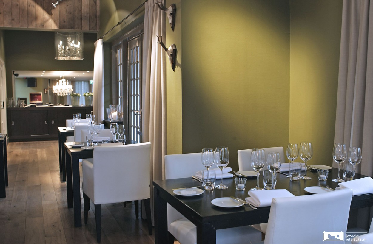 Het restaurant is door Michelin bekroond met een Bib Gourmand.